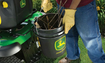 JD-RidingMowerAttach-Bucket.jpg