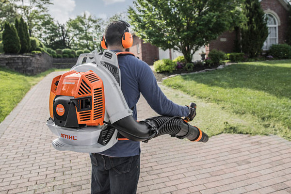 Stihl-ProfessionalBlowers-2019.jpg