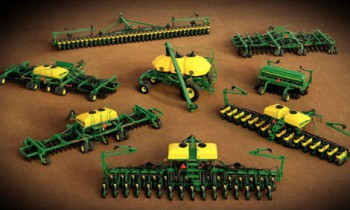 CroppedImage350210-JohnDeere-1795-12RS23-24-2015.jpg