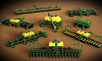CroppedImage350210-JohnDeere-1795-16RS31-32-2015.jpg